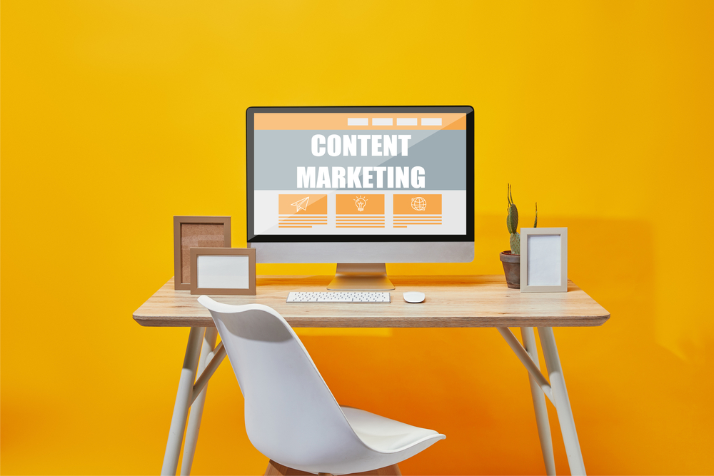 Content marketing on a desktop screen in an office